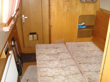 Boat interior pics 2meg 005