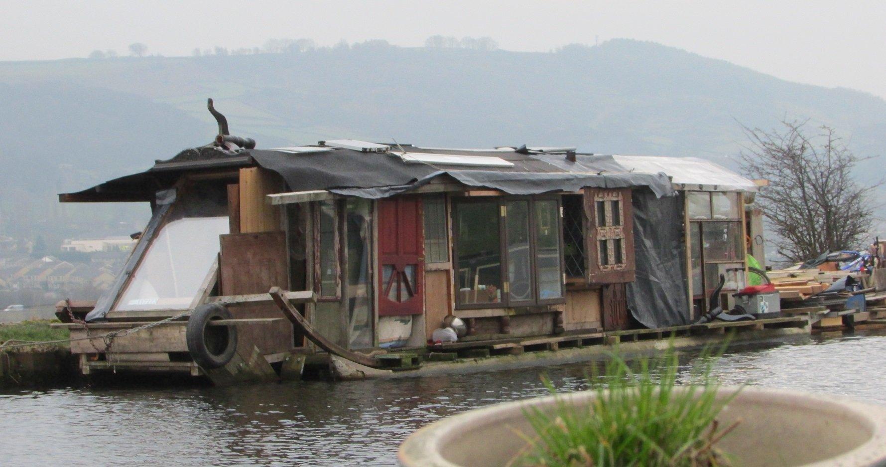 Floating shed.jpg