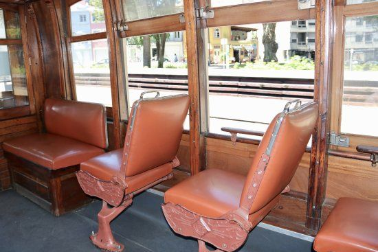 old-reversible-seats.jpg
